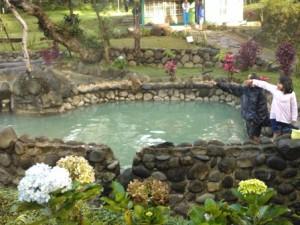 kolam air panas